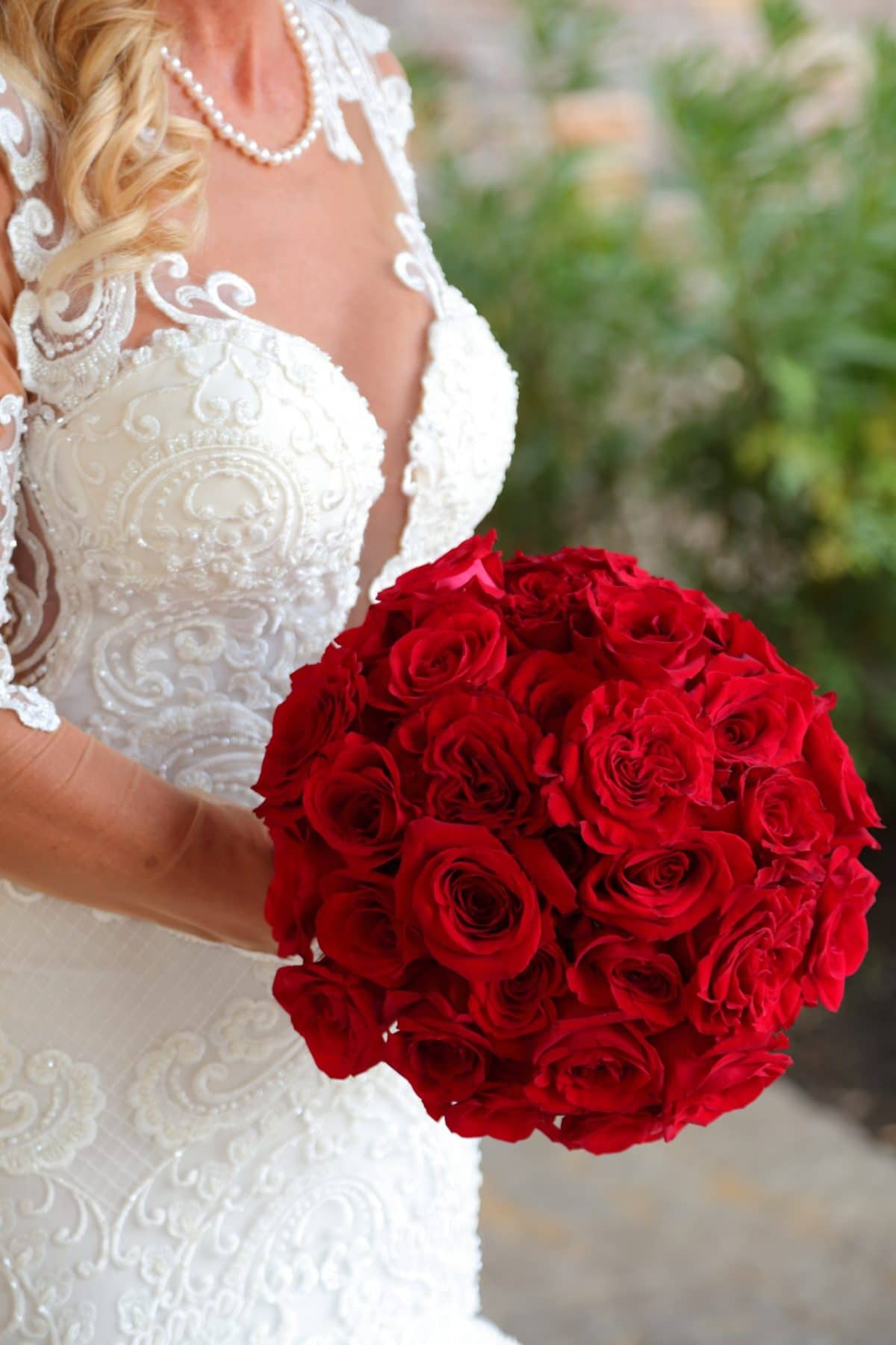 Naama and Anat Haute Couture, red rose inspired wedding, classic, red and white, Naama and Anat Bridal, wedding dress, bridal couture, couture bridal, bridal designer, wedding gown, real wedding, bride, bridal bouquet, red roses